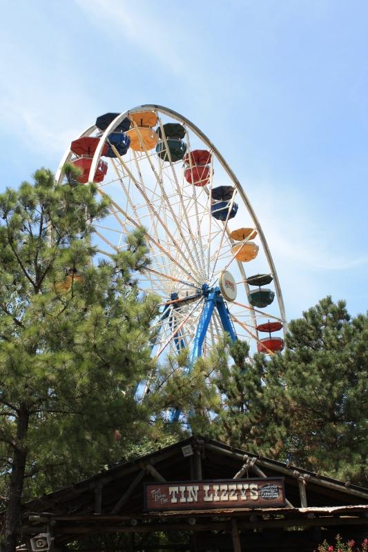 Grand_centennial_ferris_wheel-800-800