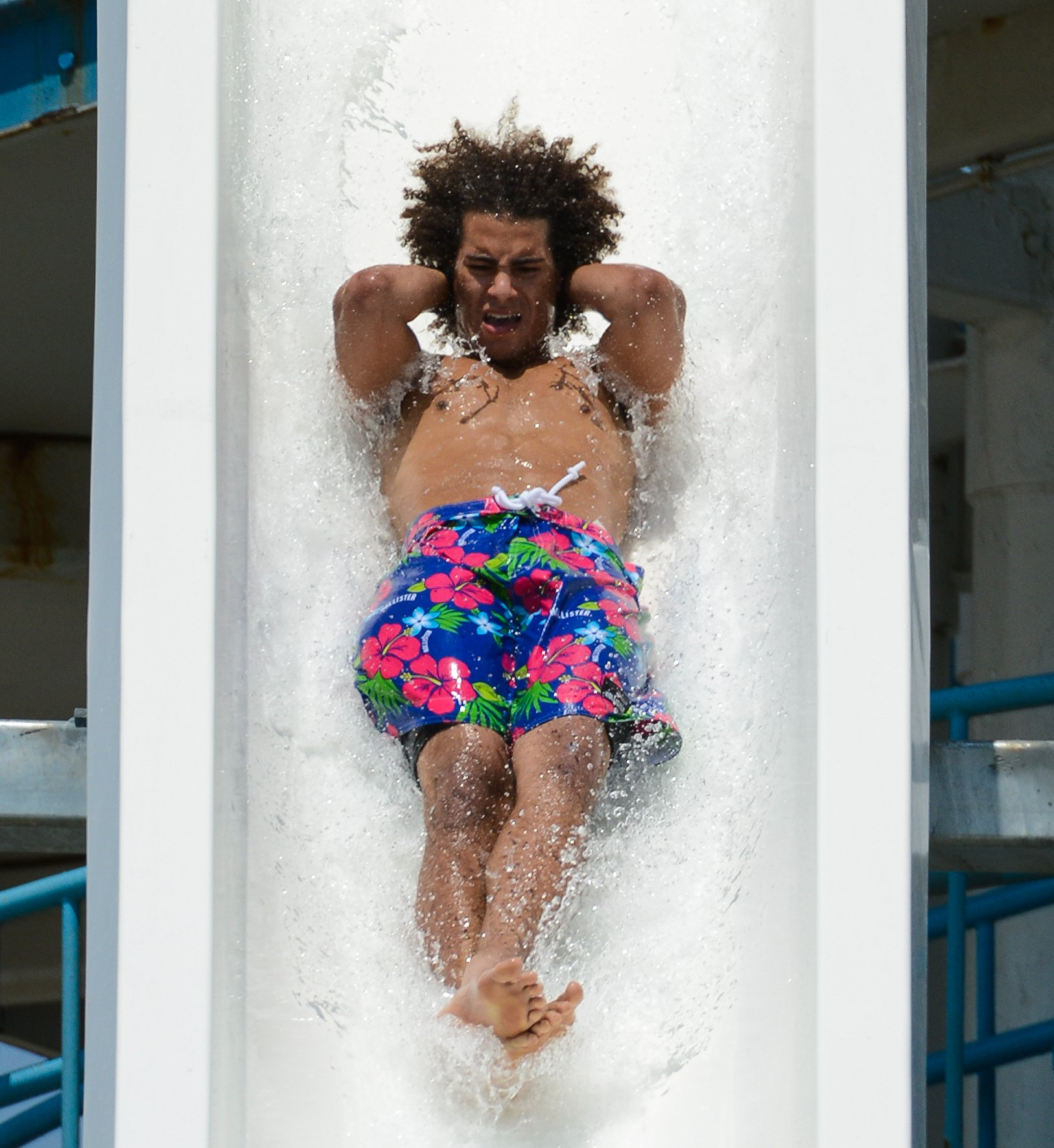 Cliffhanger at Six Flags Hurricane Harbor Concord