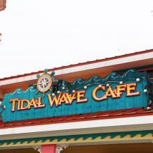 Tidal_wave_cafe_1