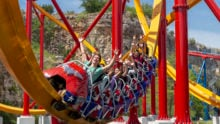 Wonder_woman_coaster_riders-scaled