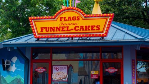 Flags Funnel Cakes at Six Flags Over Texas