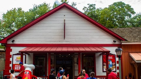Miss Abby's Cookies and Icecream at Six Flags Over Texas