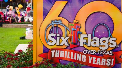 SFOT_Star-Mall-Silvert-Star-Stage_Full_4R2A8156_Blur-Feature-1400x350-1
