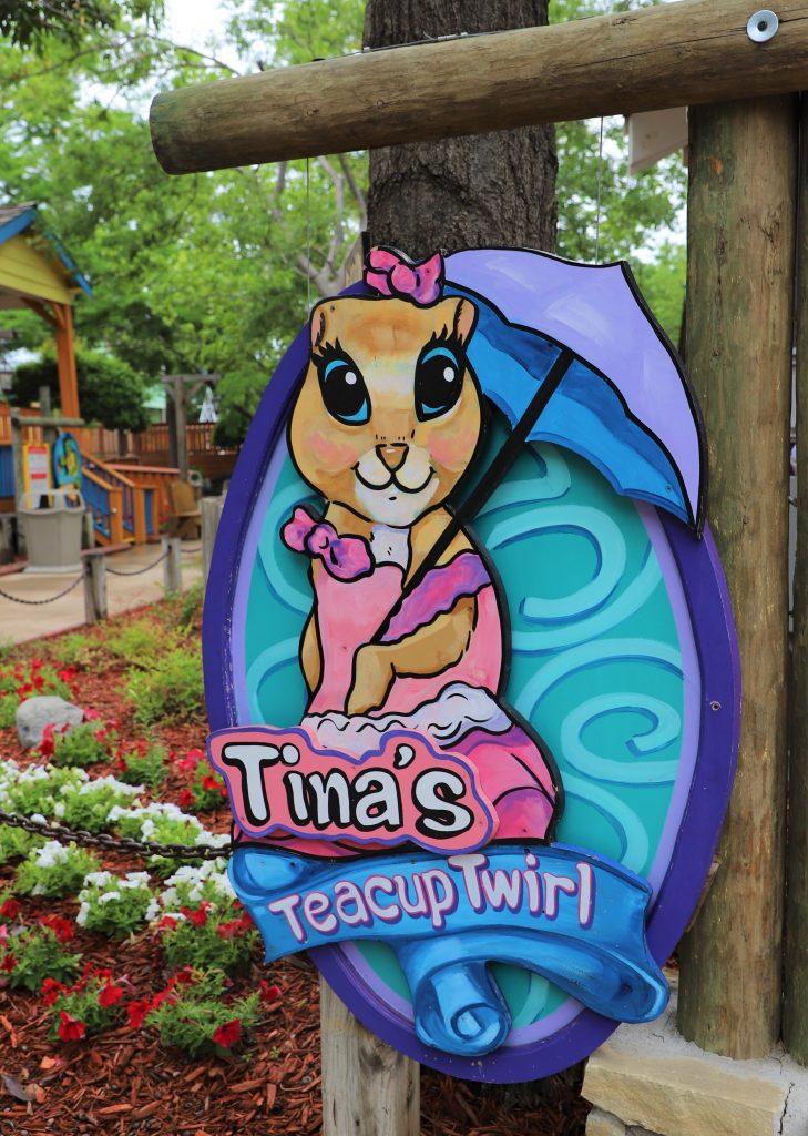 Tinas-Tea-Party