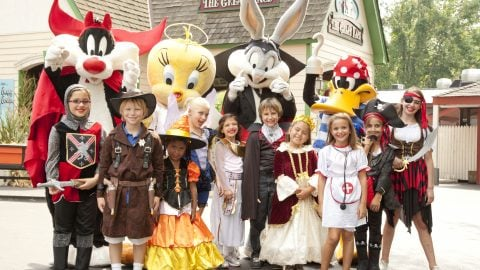 Looney Tunes Dressed Up In Halloween Attire