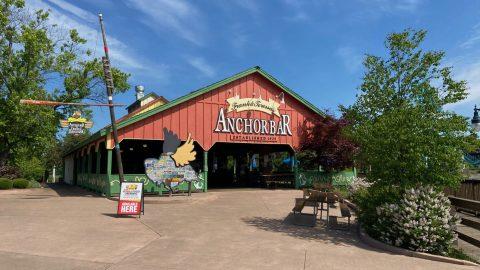 Outside of Frank and Teresa's Anchor Bar at Six Flags