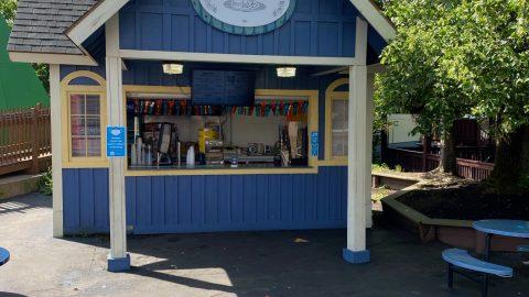 Outside of Beef n' Beer at six Flags