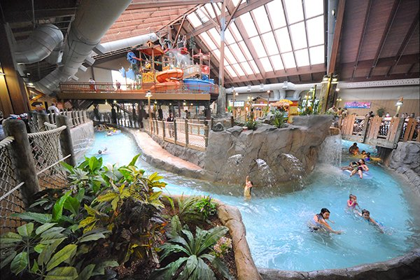 C-six-flags-great-escape-lodge-indoor-water-park