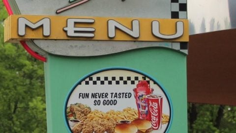 dee-jay-s-diner-menus-sign