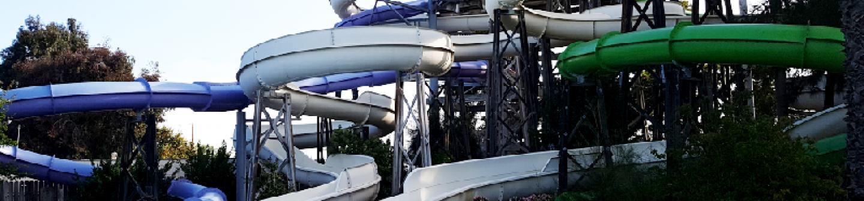 splash down pool and four slide ride at Hurricane Harbor