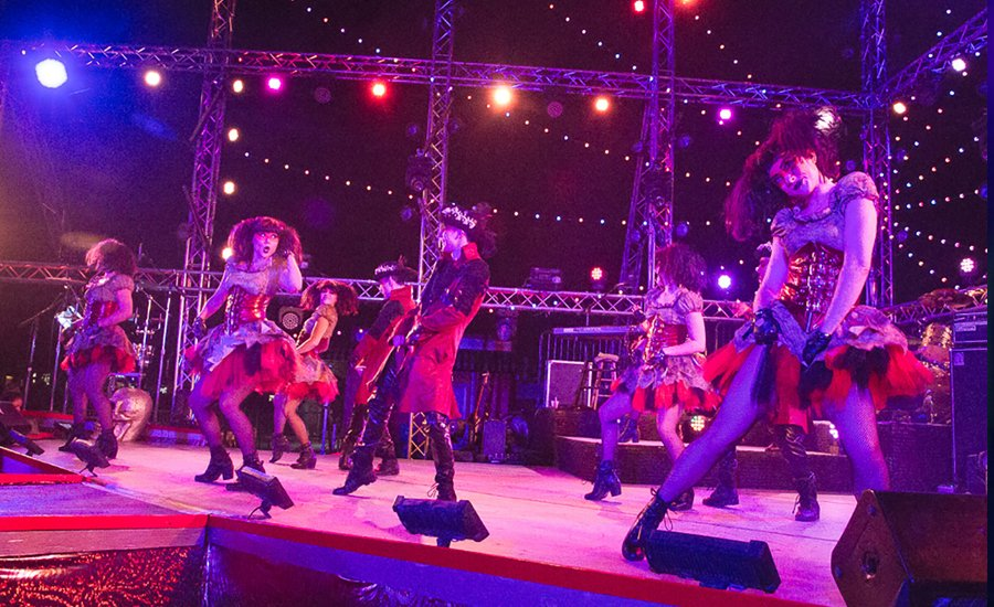 Nighttime Show with Dancers