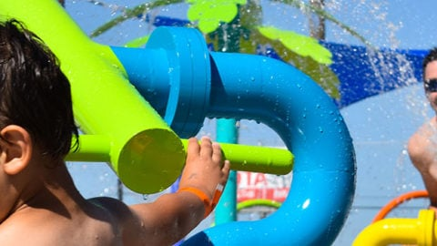 Spend Father's Day Weekend at Hurricane Harbor