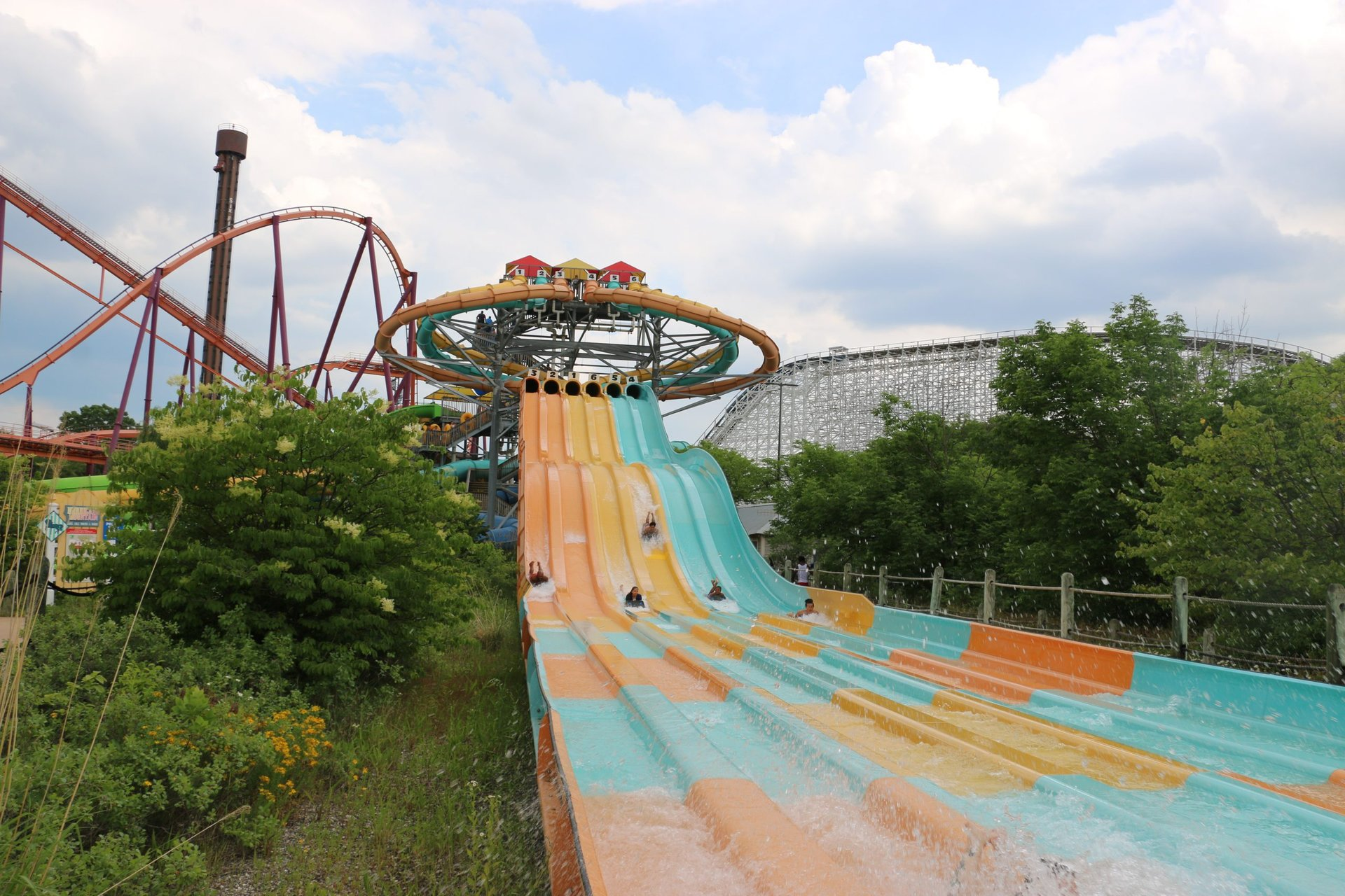 guests sliding on Wahoo Racer
