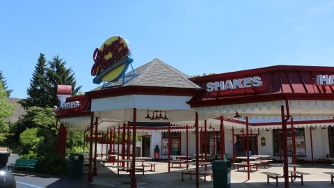 view of Johnny Rockets Burgers awning at Six Flags