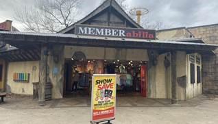 Memberabilia Gift Shop at Six Flags Great Adventure