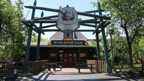 outside of Moose Burger Lodge at Six Flags