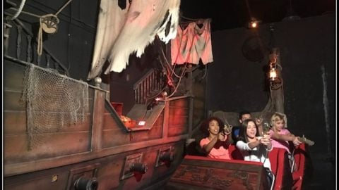 Pirates of the Deep Sea Ride at Six Flags Fiesta Texas