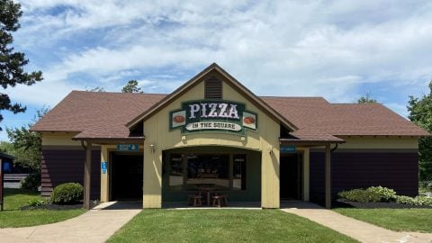 exterior of Pizza in the square at Six Flags