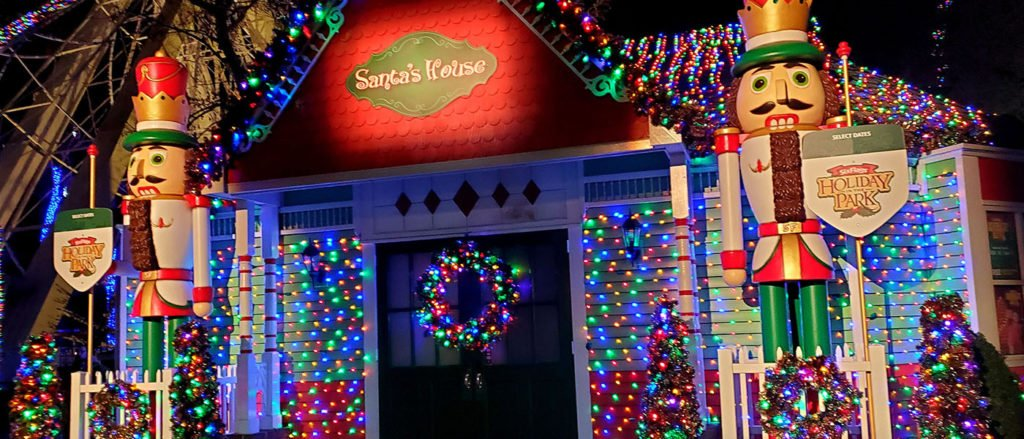 santa's house at six flags