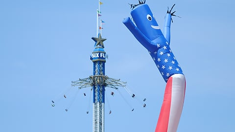 Flag inflatable with New England Sky Screamer