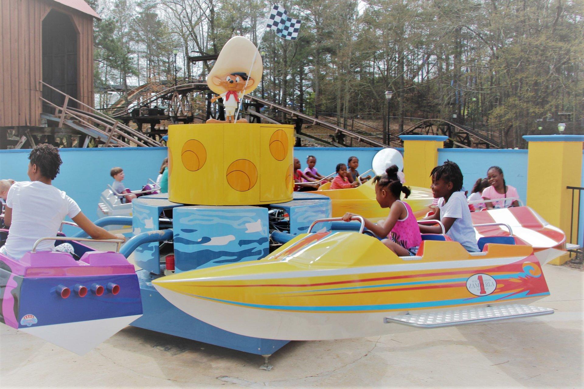 speedy-gonzales-speed-boats-1