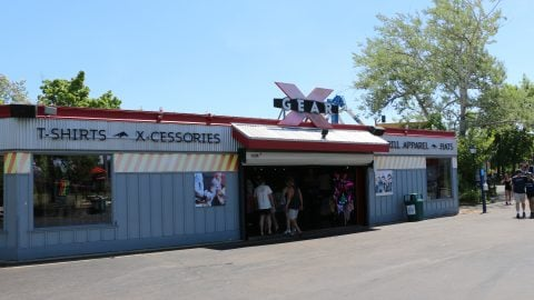 guests inside X Gear Retail Location at six flags